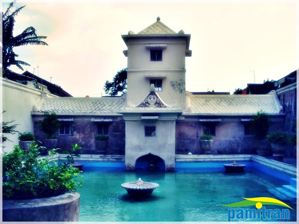 tamansari istana air yogyakarta