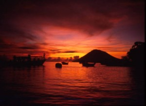 sunset bunaken