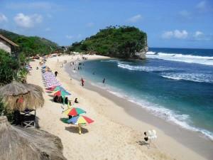 Pantai-Indrayanti-gunungkidul